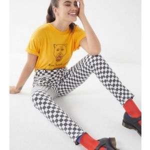BDG Checkered High awaits Jeans